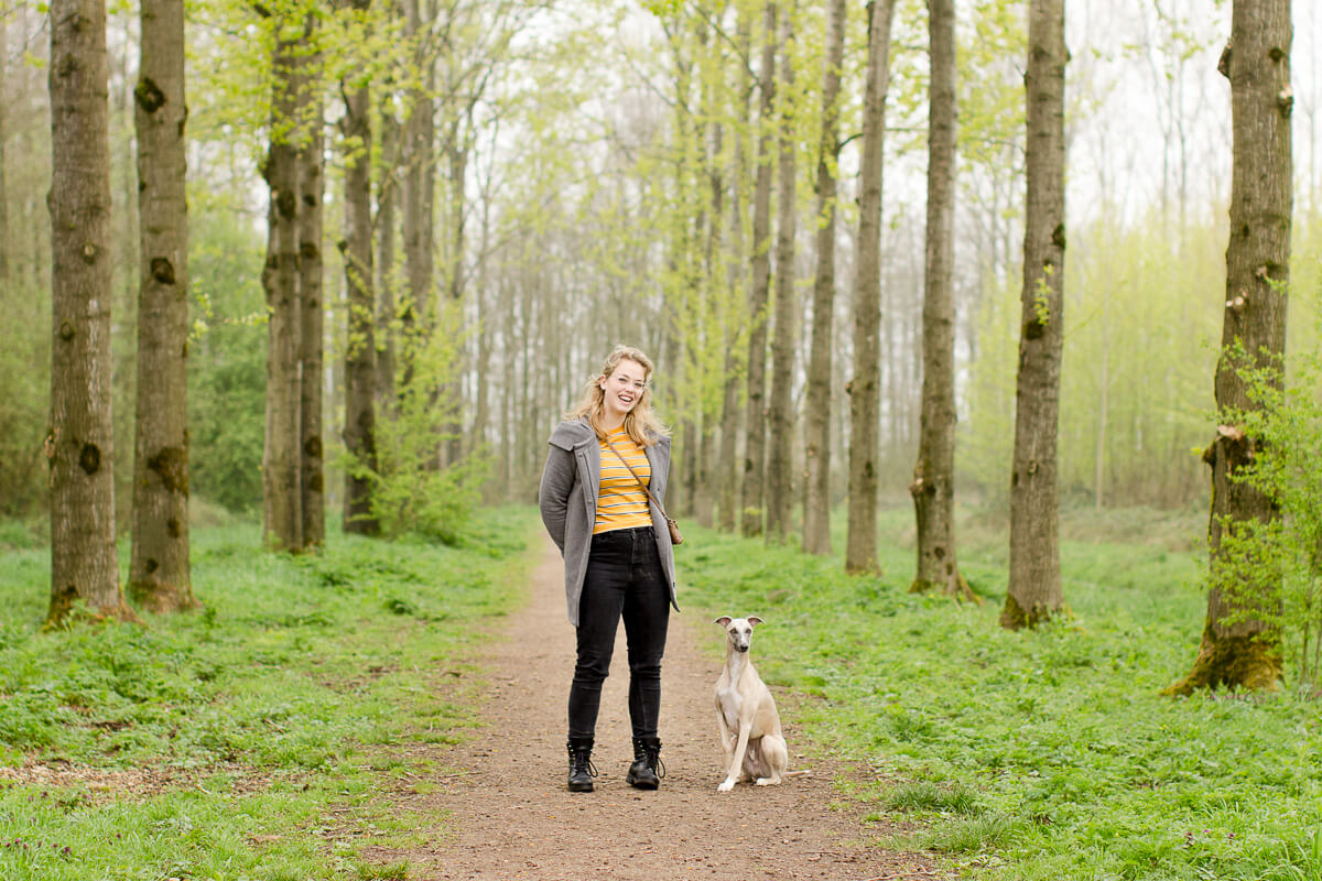 Fotoshoot-hond-bos-whippet-alblasserbos